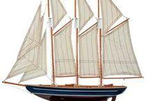 Modellschiff, Schiffsmodell & Modellboot - Ship Model / Boot Fans aufgepasst! Dieses Modellboot und weitere interessante Artikel gibt es in unserem Aubaho-Shop. Eine dekorative Arbeit im antiken Stil. Das Segelboot dient nicht nur zum Sammeln, sondern auch als ideales Geschenk. Es dient als Blickfang im Regal, Zimmer und im Haus. #werbung #aubaho #ship #boot #dekoration #boat #decoration #auktionshausbadhomburg #antik #vintage #antique #design #art #room #living #home #wohnen #creative #kreativ #diyaubaho #design #modellschiff #detail