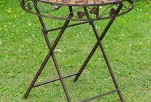 Gartentisch Gartenmöbel Bistrotisch - garden desk bistro desk / Wunderschöner Gartentisch in aus Eisen im Antik-Stil hergestellt. Er eignet sich hervorragend um während des Sommers seine Zeit im Garten entspannter zu gestalten und zum draußen Essen. Ideale Gartenmöbel für Terrasse, Balkon, Garten oder drinnen als Bistrotisch. Mehr Informationen findet Ihr in unserem Shop. #werbung #aubaho #garten #möbel #furniture #desk #garden #tisch #auktionshausbadhomburg