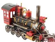 Modelleisenbahn - Model locomotive / Hochwertig, dekorativ & einzigartig! Atemberaubende Modelleisenbahn im Antik-Stil von aubaho.de. Beautiful & unique decorative model locomotive from our shop! #werbung #auktionshausbadhomburg #auktionshaus #aubaho #modelleisenbahn #model #modell #modelocomootive #locomotive #train #eisenbahn #zug #modellzug #lok #lokomotive #modelllok #blech #tin #metal #metall #homedecor #oldtimer #childhood #oldbutgold #vintage #antik #antique #interior #inspiration #detail #collect