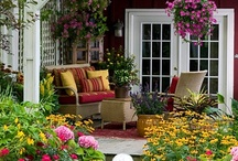 Gardening Inspirations / An outdoor room could be my favorite room in any house. At least, these outdoor spaces would keep me outside. Collecting ideas for gorgeous gardens. PragmaticMom.com