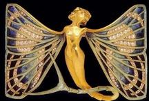 Jewelry Yummies / by Kareemah Hamdan