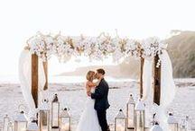 BEACH WEDDINGS / Getting married on the beach would be a dream wedding! Beach weddings, destination wedding, getting married on the beach, beach wedding inspiration, coastal wedding