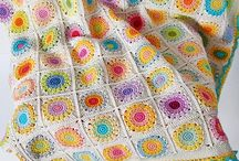 Blankets / Knittted, crochet or quilted blankets