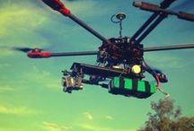 Drones radiocontrol / +1000 Imágenes y fotos de drones radiocontrol de marcas como Parrot, Syma, JJRC, NincoAir, DJI y muchas más, drones baratos para niños y adultos, drones de carreras, drones caseros, drones con GPS y FPV, drones profesionales con cámaras GoPro, accesorios de montaje, recambios, cámaras, maletas y mochilas para drones. Vehículos no tripulados, aeronaves y cuadricópteros radiocontrol. Mejores fotos de drones RC Míralos!!!