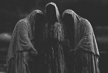 aes ❯❭ ladies of the wood / no gods nor kings rule here.
