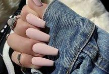 Diva Nails