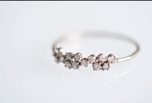 Des bijoux... / by Céline Blondelle