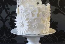 Mmmmmm Cake