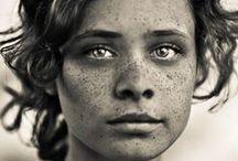 Des visages / by Céline Blondelle