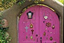 Doors and Windows / by Gyna Gordon
