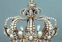Crowns and Tiaras / by Gyna Gordon
