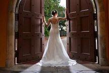 Wedding Dress / Wedding Dress  #weddingdress    Cricket's Photography | www.cricketsphoto.com | Orlando Wedding Photography