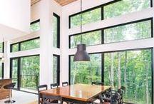 Fenêtres / Voici des décors qui font rimer fenestration généreuse et luminosité!