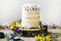Garden Wedding / garden | natural | romantic | flowers | green | backyard | relaxed