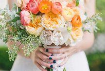 Bridal Bouquets & Wedding Flowers / Floral bouquet ideas for your wedding.   #flowers #floral #weddingflowers #bridalbouquets #flower #bouquets #weddings #weddinginspo