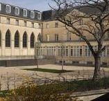 La MAP / La Map est répartie sur deux sites. Le siège, installé dans les bâtiments de l'ancien couvent de Conflans à Charenton, est ouvert au public.