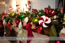 Christmas Mantels and Door Entrances / love the Christmas Season / by Janet Laughlin