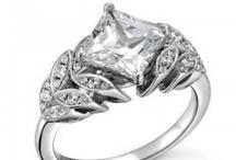 Poratti Italian Bridal / by Andrews Jewelers