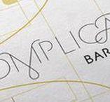 Complications bar / Diseñamos la identidad corporativa de Complications así como todas las piezas editoriales y de papelería necesarias.  Para el desarrollo de su imagen nos basamos en el concepto de los complejos mecanismos de la relojería así como en el estilo art déco que inspira el local.