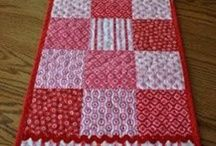 Quilts / by Tracey Thompson