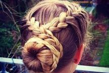 HAIRSTYLES  / Hairstyles I'd love to try one day. / by Michelle Marie