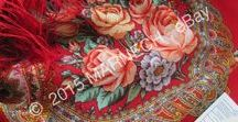 Red Pavlovo Posad shawls / Pavlovo Posad Pure Woolen Scarves in RED shades