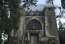 Inwentaryzacja zabytkowej Kaplicy Kindlerów w Pabianicach / Unosimy się nad ziemią, aby zobaczyć to, co z dołu niewidoczne. Inwentaryzacja zabytkowej Kaplicy Kindlerów w Pabianicach.