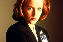 "Dana Scully / Smart, charming, gorgeous, assertive, Scully is a Special Agent of FBI, partnered with fellow Special Agent Fox Mulder to investigate unsolved cases labeled ""X-Files"". In contrast to Mulder's credulous ""believer"" character, she is the skeptic for the first seven seasons, choosing to base her beliefs on what science can prove. Scully later on becomes a ""believer"" after Mulder's abduction at the end."