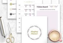 Blog Planners And Printables / Are you a blogger? Do you need some effective blog planners that will help you organize your blog every single day? This board is full of free and paid printable blog planners & strategy checklists to help you organize, grow & monetize your blog