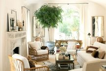 DECOR : Living/Great Rooms / by Reece Bivens