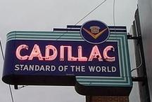 AUTOMOBILES : GM Cadillac /  General Motors Cadillac