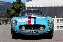 AUTOMOBILES : Ferrari / Italian Performance