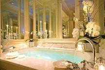 :: Pretty Powder Rooms ::