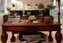 DECOR : Kitchen + Butler's Pantry / Kitchens, Food Prep and Storage