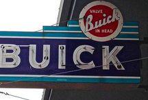 AUTOMOBILES : GM Buick / General Motors Buick