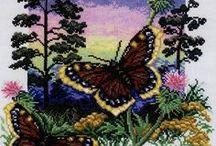 бабочки,стрекозы..вышивка
