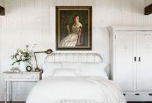 Bedrooms / by Kim Pietrangelo