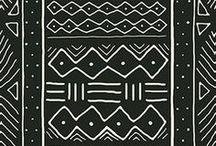 Mudcloth | Hand Drawn and Painted Mudcloth Patterns by Indie Designers / These bold mudcloth inspired patterns are all handmade by indie designers.  Designers use everything from pen and ink to watercolor paints and acrylics to create the thin lines and bold shapes in these beautiful mudcloth patterns.  Mudcloth patterns often come in black and white, but indie designers create a modern spin on traditional mudcloth by adding color and contrast to their mudcloth designs.  #mudcloth #africanpattern #homedecor #fabric #wallpaper #pattern #surfacedesign #design #drawing