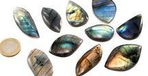 Wire Wrapping Rock Supply / Rocks / stones for do it yourself wire wrapping. Tumbled stones, rough rocks, cabochons, slices and more.