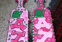 paddles / {to fuel your paddle painting addiction} images are not mine unless otherwise specified. / by Bows, Pearls, & Sorority Girls