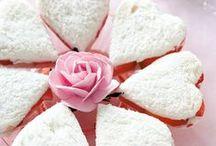 Valentine's Day / by Lea Guarino