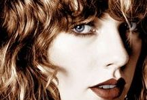 Taylor Swift Photos / Taylor Swift Photos