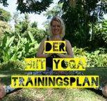 HIIT Yoga Workouts / HIIT YOGA ist ein von Kristin Woltmann kreiertes Workout-Konzept, das gleichzeitig kräftigt und dehnt. Dazu sind die HIIT YOGA Workouts kurz und knackig, aber super effektiv!