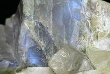 gemstones & minerals / by ilvi