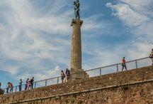 Belgrad / Belgrad gilt als der Geheimtipp in Europa. Die Hauptstadt Serbiens ist eines der angesagtesten Party- und Nightlife-Städte in Europa. Belgrad bietet nicht nur osteuropäischen Nostalgie, sondern auch eine beachtliche Anzahl kultureller Hotspots.