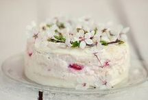 Food & Drink / Delicious recipes that look yummy. / by Kimberley Cameron