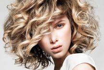half-half (woman.med.haircut) / medium hair style, hair ideas / by Manuchxa Leite