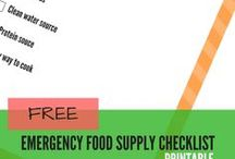 Family Emergency Preparedness Checklists / Free printable checklists to help with your family's emergency planning.