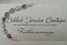 """Feather earrings / Veren oorbellen / Veren oorbellen handgemaakt door Delilah Sieraden Boutique. Feather earrings made by """"Delilah Sieraden Boutique"""" https://www.oorbellenboutique.nl"""