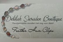 Feather Hair Clips / Veren haarclip / Feather Hair Clips made by Delilah Sieraden Boutique. https://www.oorbellenboutique.nl